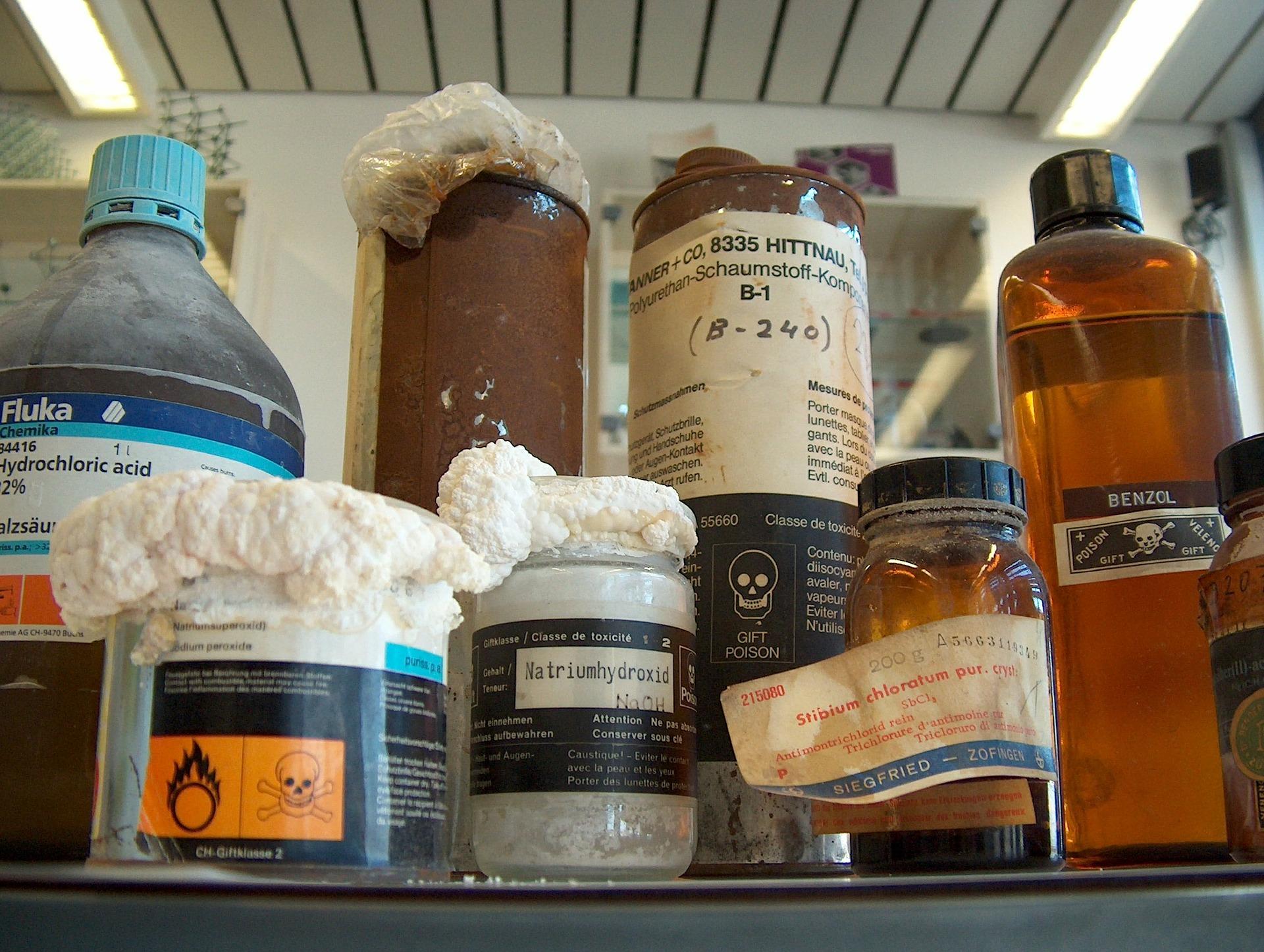 klein chemisch afval lauwersoog